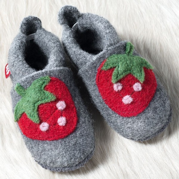 Pololo Wolli Erdbeere Hausschuhe Kindergartenschuhe aus Schurwolle