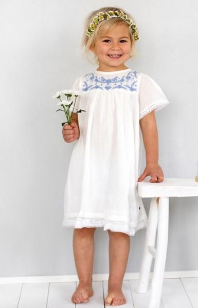 Süßes Mädchen Sommerkleid weiß Bio-Baumwolle mit Stickerei