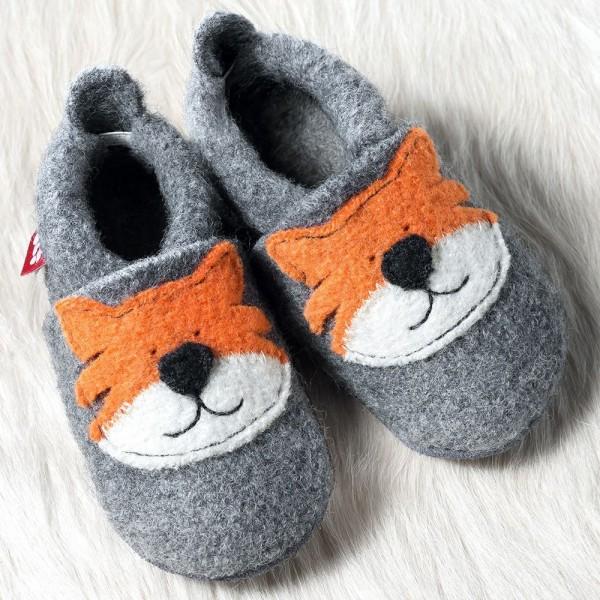Pololo Wolli Tiger Tom Hausschuhe Kindergartenschuhe aus Schurwolle